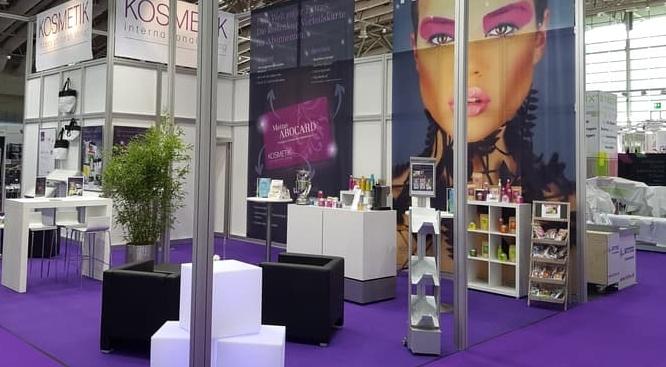 Messestand KI-Verlag Cosmetica Hannover
