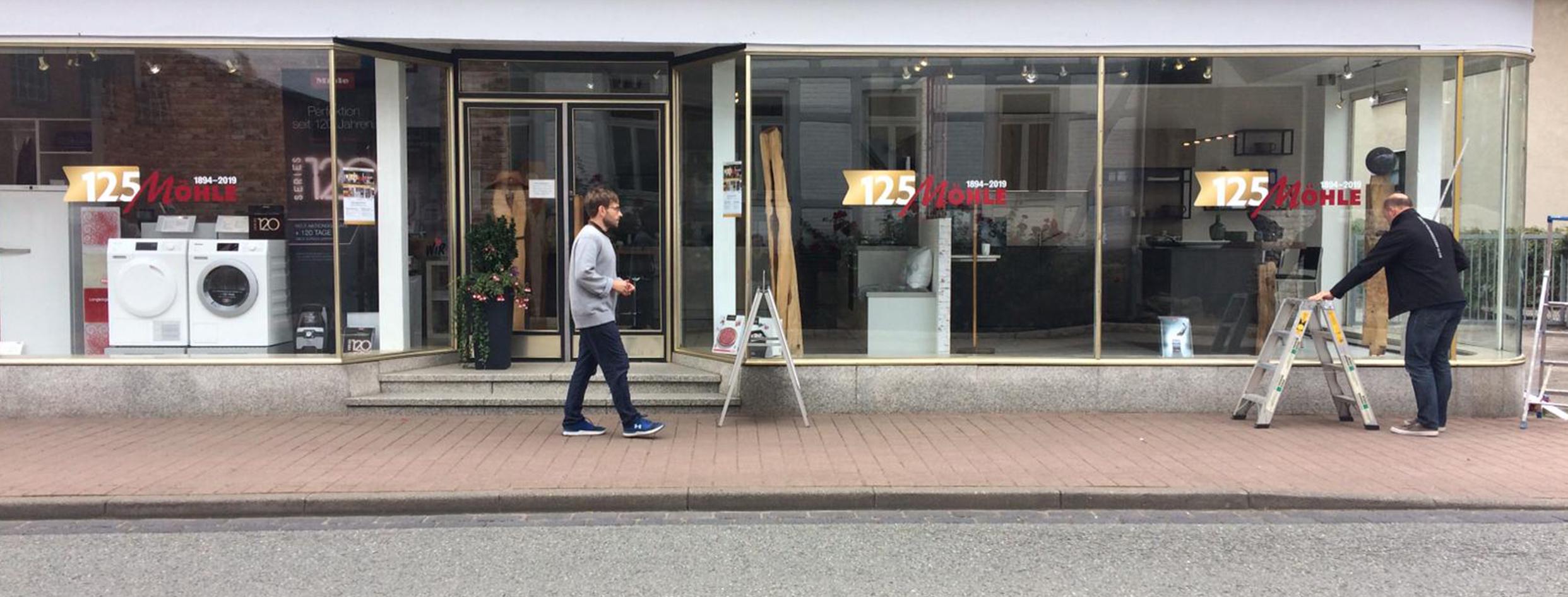 Fensterbeschriftung Küchenstudio Delligsen Weber Werbung