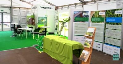 DLG Waldtage 2019 Weber Werbung Mietmöbel Messebau Beschriftungen Lichtenau Westfalen FNR