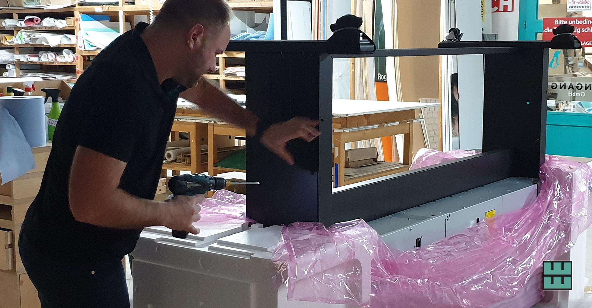 Neuer Digitaldrucker für Großformate EU-Konform Beschriftungen