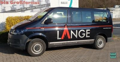 Die Autos von Ofenbau Lange aus Freden fahren jetzt mit einer neuen KFZ-Beschriftung durch die Region. Druck und Beklebung haben wir durchgeführt.