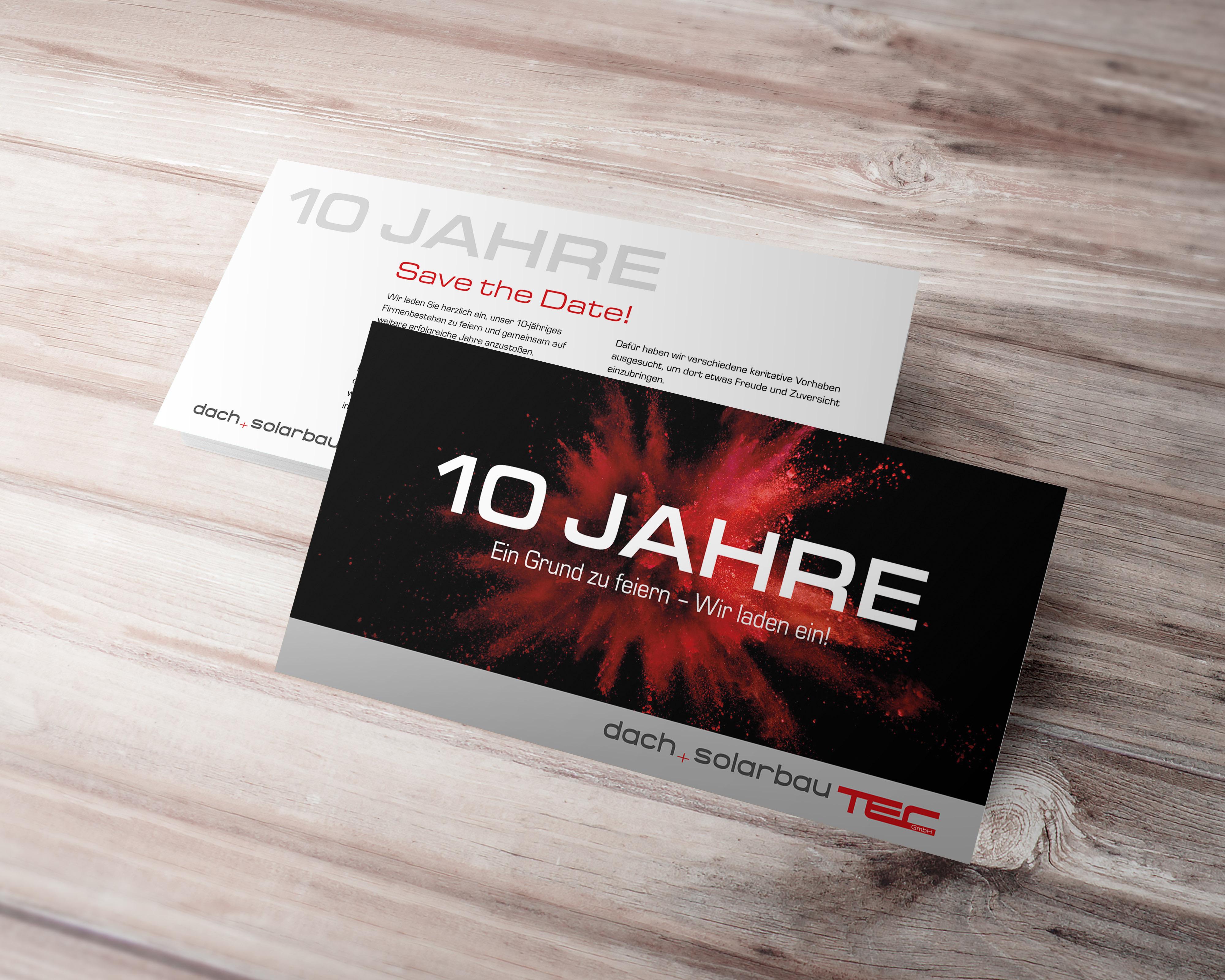 Designed by Weber Werbung Delligsen: Einladungskarte im DinLang-Format zum 10jährigen Jubiläum von Dach+Solarbautech in Delligsen