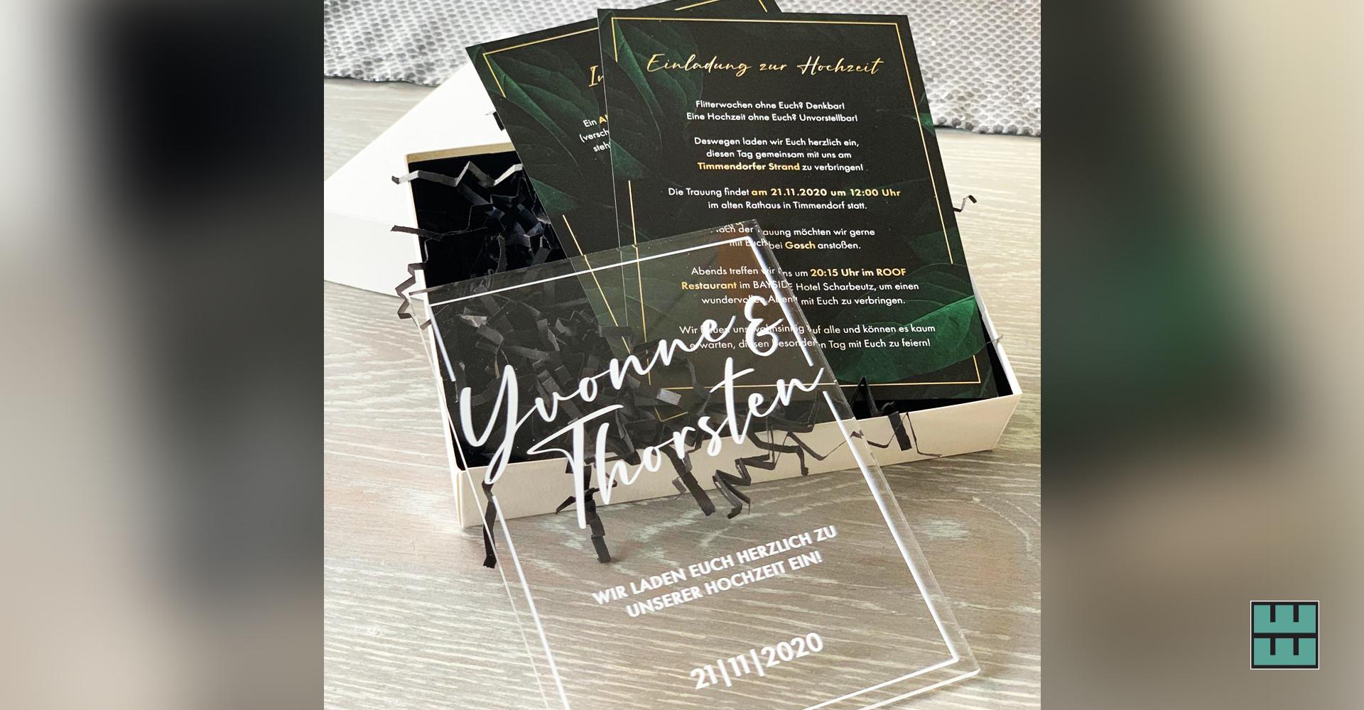 Für die jetzige Familie Schwenn durften wir eine wunderschöne Hochzeitseinladung gestalten und produzieren.