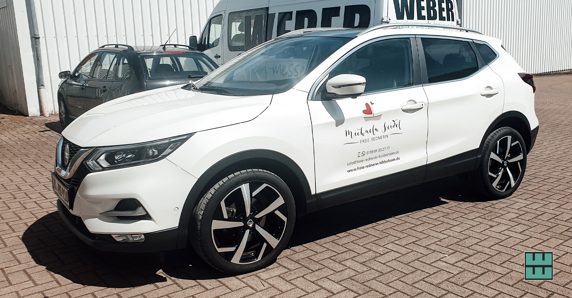 Für die Freie Rednerin Michaela Seidel haben wir bereits im Sommer 2020 ihr Auto beklebt. Ihr Logo sieht auf dem weißen Auto einfach klasse aus!